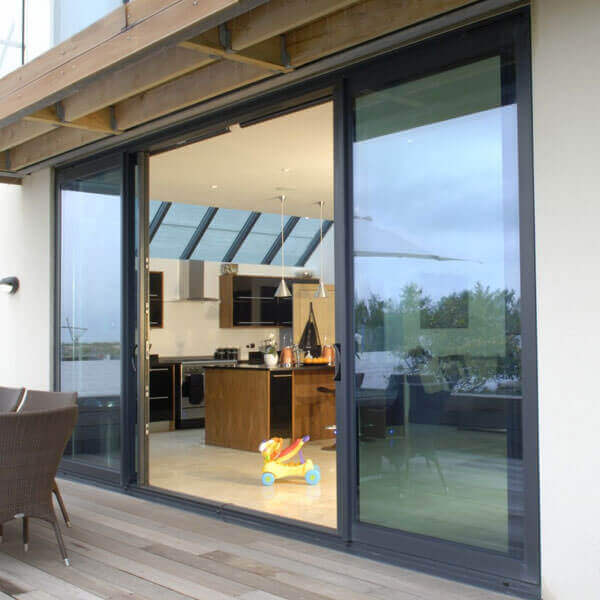 Aluminium bi fold doors hailsham crawley britannic bi for Aluminium patio doors